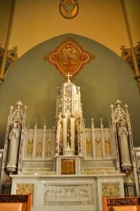 photo altar tall