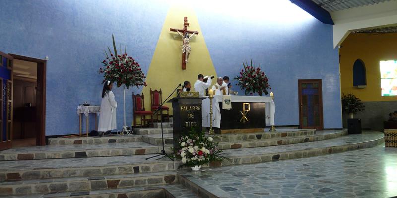 slider sister mass altar